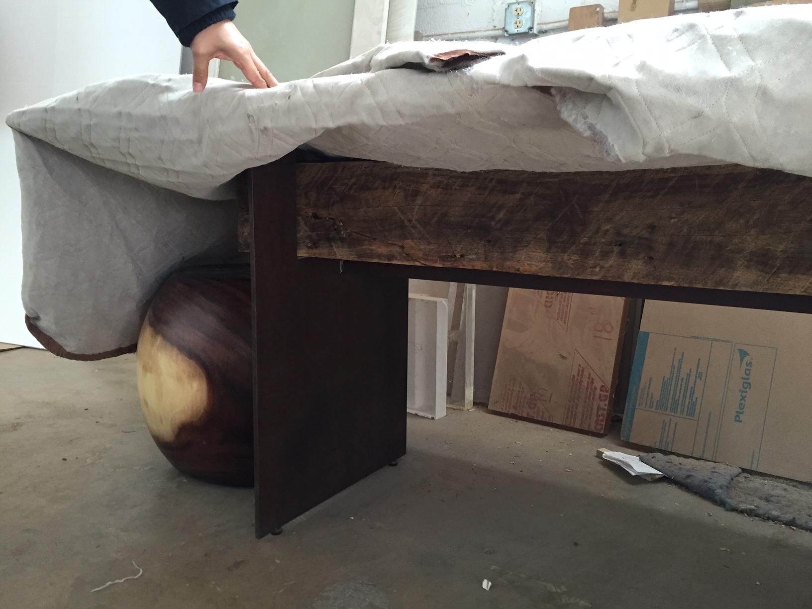 Rotsen-Furniture-Studio-3